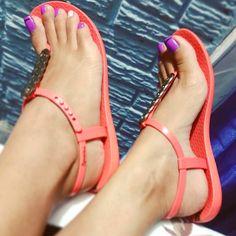 Swipe @sweetfeetmade #feet #footfetishgroup #footfetishnation #footfetishcommunity #footgoddess #footqueen #toes #pes #footmodel #ilovemyfeet #piesitos #instafetish #feetofinstagram #mytoes #myfeet #cutetoes #cutefeet #pies #prettyfeet #prettytoes #teamprettyfeet #beautifulfeet #beautifultoes #longtoes #feetofig #footjob #footfetishgang #pedicure