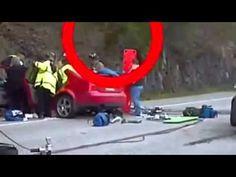 Filmaron un supuesto fantasma saliendo de un auto en accidente