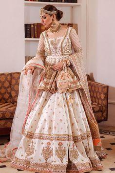 Bridal Dresses Online, Wedding Dresses For Girls, Party Wear Dresses, Girls Dresses, Formal Dresses, Wedding Lehenga Designs, Designer Bridal Lehenga, Pakistani Wedding Dresses, Pakistani Dress Design