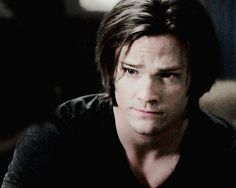 """Winchesters clothing: soulless!sam black shirt (+ overwhelming hair!porn) """