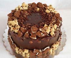 Torta de chocolate con oreo y pirulin
