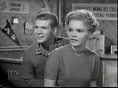 Dobie Gillis and Tuesday Weld Dwayne Hickman, Tuesday Weld, Vintage Television, Online Photo Gallery, Child Actors, Vintage Tv, Great Memories, The Good Old Days, American Actress