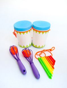 Follow these super-easy DIY musical instrument tutorials to create your own family band!