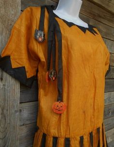 Antique 1920s Halloween Costume | 1920's Antique Halloween Costume Iconic Flapper Drop Waist Dress ...