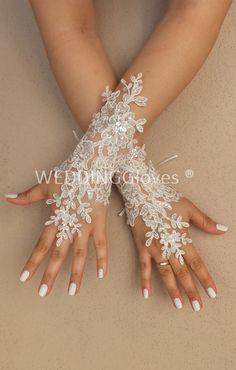 Weddinggloves  very elegant