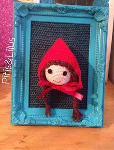 Red Riding Hood Amigurumi frame /Cuadro de Caperucita Roja en amigurumi by Pitis&Lilus INFO/PEDIDOS pitisandlilus@gmail.com http://pitisandlilus.blogspot.com.es
