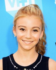 G. Hannelius - DoSomething.org And VH1's 2013 Do Something Awards - Arrivals