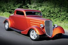 Street Shaker - 1934 Ford Coupe