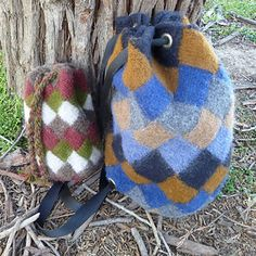 Felted, entrelac knitted backpack.  Pretty awesome!!! Entrelacknapsack_small2