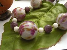 Flowers bead necklace