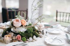 Bohemian-Vintage Tea Party Wedding via Weddbook Vintage Tea Parties, Fairy Tea Parties, Tea Party Decorations, Party Centerpieces, Teacup Centerpieces, Tea Party Wedding, Wedding Table, Green Wedding, Vintage Tea