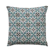 Dayita cushion