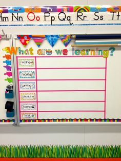 grade classroom - Daily Objectives Organizer I'll have room for this in my portable next year First Grade Classroom, Classroom Setup, Kindergarten Classroom, Future Classroom, School Classroom, Classroom Design, Portable Classroom, Objectives Board, Daily Objectives