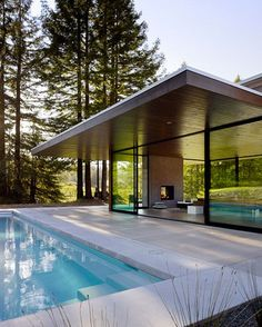 »☆Elysian-Interiors ♕Simply divine #swimmingpool ~ modern ~ swimming ~ architecture ~ pool ~ Marra Road, a weekend home in Sonoma County, California, designed by Dowling Studios.