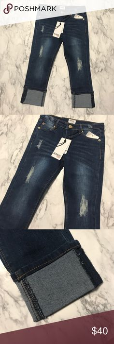 Girls Hudson Kids Skinny Crop - Size 6X Girls Hudson Kids Skinny Crop - Size 6X. Brand new with tags.                                                                                                   🚫No trades. 🚫No Modeling. ✅All reasonable offers accepted.  💕Thank you for viewing my item. Hudson Jeans Bottoms Jeans