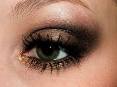 Neutral http://www.makeupbee.com/look.php?look_id=82198