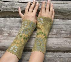 wrist warmers felted arm warmers  fall fashion dark by vilnone, $34.00