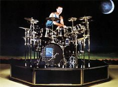 Explore the Ludwig drum kit Neil Peart used on the Roll the Bones tour Great Bands, Cool Bands, Rush Concert, Rush Band, Ludwig Drums, Geddy Lee, Neil Peart, Greatest Rock Bands, Rock And Roll Bands