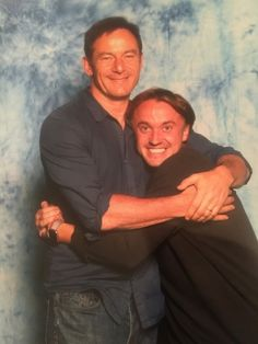 Jason Isaacs has shared a hilarious tribute to his Harry Potter co-star and 'favourite' son Tom Felton on his birthday. Jason played villain Lucius Malfoy in the fantasy film. Harry Potter Curses, La Saga Harry Potter, Mundo Harry Potter, Harry Potter Feels, Harry Potter Draco Malfoy, Harry Potter Pictures, Harry Potter Characters, Slytherin, Hogwarts