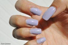 lila nagellak