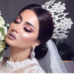 The Bride ♡ Beautiful Beautiful Bridal Makeup, Natural Wedding Makeup, Bridal Hair And Makeup, Bride Makeup, Hair Makeup, Headpiece Wedding, Bridal Headpieces, Arab Wedding, Wedding Hair Inspiration