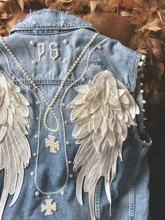 Embroidered Denim Gilet - White Angel Custom-made with love in Italy. Denim Jacket Embroidery, Jean Jacket Outfits, Denim Outfit, Denim Shorts, Estilo Jeans, Mode Jeans, Denim Ideas, Denim Crafts, Mode Boho