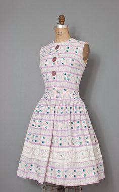 vintage late 1950s dress / 50s cotton dress / 50s by SwaneeGRACE, $128.00