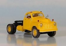 HO 1/87 Sylvan Scale Models # V-133 1949-53 Studebaker Highway Tractor KIT