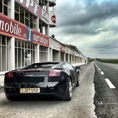 Wicked black Lamborghini Gallardo! Theres a storm approaching!