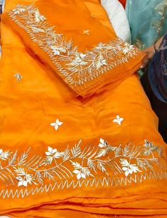 Embroidery Suits Punjabi, Embroidery Suits Design, Embroidery Dress, Hand Embroidery, Embroidery Designs, Designer Punjabi Suits Patiala, Punjabi Suits Designer Boutique, Indian Designer Suits, Indian Bridal Fashion