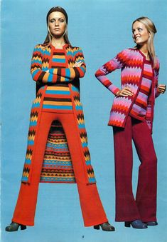 All images scanned by Sweet Jane from the Twiggy Book of Knitting Machine Patterns published in Which is a 24 page catalogue consisting of knitting patterns with accompanying photographs for 11 outfits. All photographs of Twiggy by Justin de Villeneuve. Seventies Fashion, 60s And 70s Fashion, Mod Fashion, Vintage Fashion, Sporty Fashion, Fashion Women, Estilo Mod, Style 70s, 00s Mode