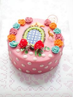 to cute to eat cake. Pretty Cakes, Cute Cakes, Beautiful Cakes, Amazing Cakes, Diy Birthday Cake, Biscuit, Specialty Cakes, Mini Cakes, Cupcake Cookies