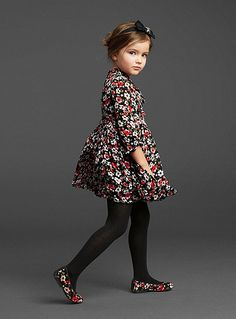 Fashion Kids Fall Dolce & Gabbana 52 Ideas For 2019 Fashion Kids, Little Girl Fashion, Winter Fashion, Babies Fashion, Kids Collection, Outfits Niños, Dolce And Gabbana Kids, Toddler Girl Shoes, Toddler Toys