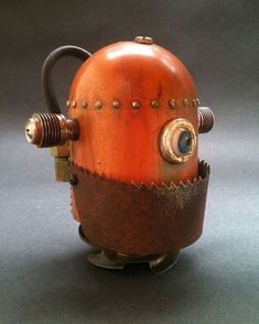 Robot with an underbite Arte Robot, I Robot, Robot Art, Vintage Robots, Retro Robot, Create Your Own Robot, Art Steampunk, Recycled Robot, Sculpture Metal