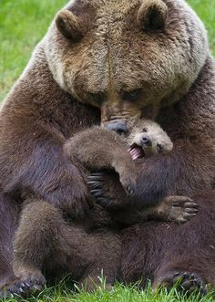 Mom playing with baby Beautiful