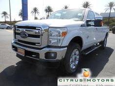 The Ford F-250 continues to be offered with three cab configurations, two bed lengths, two engine choices, and two drivetrain options. Buyers have the chance to opt for a Regular Cab, Crew Cab, and Super Cab. @GMCGuys http://www.twitter.com/GMCGuys