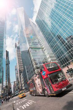 #juanortiz #fotografoecuatoriano #fotografocomercial #travel #nyc #newyork #nuevayork #estadosunidos #unitedstates #street #bulding #bus