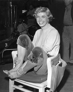 "Doris Day Exercising for ""Lullaby Of Broadway"""