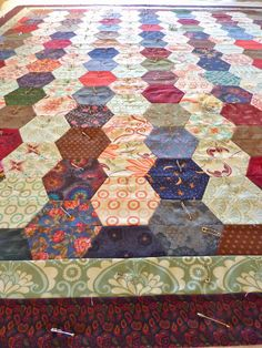 Half hexagons ready to quilt
