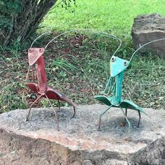 Some of our goofy #yardart around the Leske #farm . #rurallife #recycledart #upcycled #lavalle #wisconsin #saukcounty