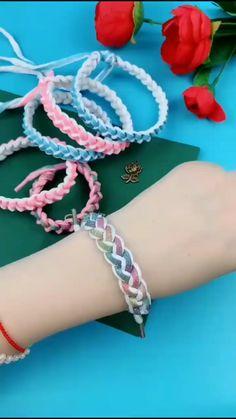 Macrame Bracelet Patterns, Diy Bracelets Patterns, Diy Friendship Bracelets Patterns, Diy Bracelets With String, Diy Bracelets Easy, Handmade Bracelets, Diy Crafts For Kids Easy, Diy Crafts For Gifts, Diy Crafts Jewelry