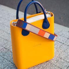 58 отметок «Нравится», 1 комментариев — @obagpolska в Instagram: «O chic w kolorze Becco d'oca w zestawie z uchwytami w kolorze Bluette i kolorowym paskiem do O…»