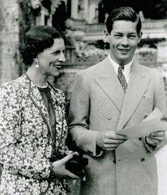 Regina mamă Elena și Regele Mihai Romania, Moldova, Descendants, Double Breasted Suit, Edinburgh, Royalty, Suit Jacket, Blazer, Suits