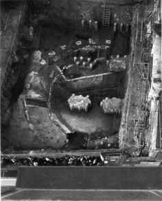 Excavated remains of The Rose Theatre, photographed in 1989 Theater Plan, Theatre, Famous Buildings, Illustrations, S Word, Antique Books, London Travel, Historical Fiction, Days Out