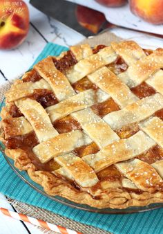 This Peach Pie recipe is made with fresh peaches and store bough pie crust for an easy dessert the whole family will love! Easy Desserts, Delicious Desserts, Yummy Food, Pie Dessert, Dessert Recipes, Yummy Treats, Sweet Treats, Peach Pie Recipes, Recipe For Peach Pie