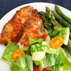 Healthy Living in Heels: Pangasius Fillet with Asparagus and a Simple Salad