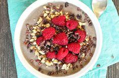 Breakfast Smoothie Bowl to Try: Vanilla Raspberry