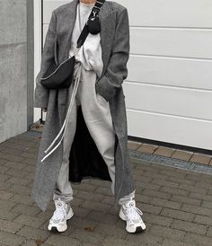 Casual Fall Outfits, Winter Fashion Outfits, Trendy Outfits, Cool Outfits, Korea Winter Fashion, Fashion Clothes, Summer Outfits, Minimalist Outfit, Minimalist Fashion