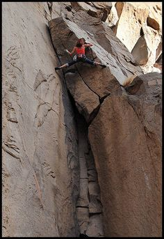 www.boulderingonline.pl Rock climbing and bouldering pictures and news Slackjaw, 5.10a at O