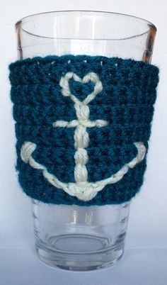 Teal Crochet Anchor Coffee Cup Cozy by DanaMarieCrochets on Etsy I'll NEVER understand WHY anyone does this for a glass - but I have a friend who might like it ! Crochet Coffee Cozy, Coffee Cup Cozy, Crochet Cozy, Cute Crochet, Crochet Crafts, Yarn Crafts, Crochet Projects, Crochet Anchor, Knitting Patterns